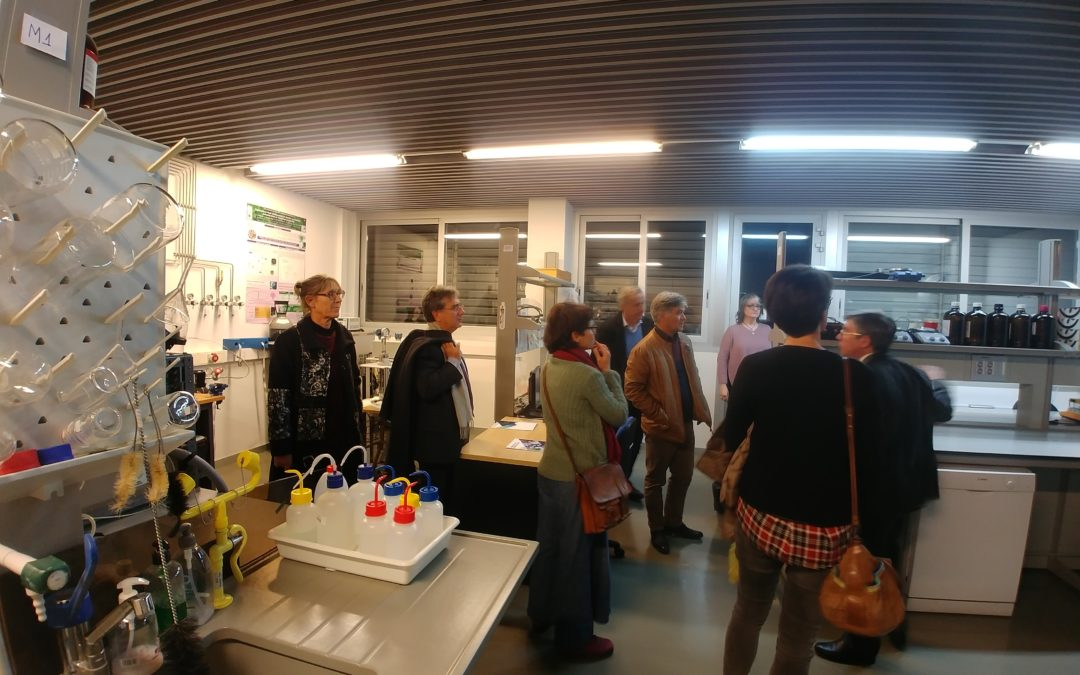 Una instructiva visita al laboratorio del I3A